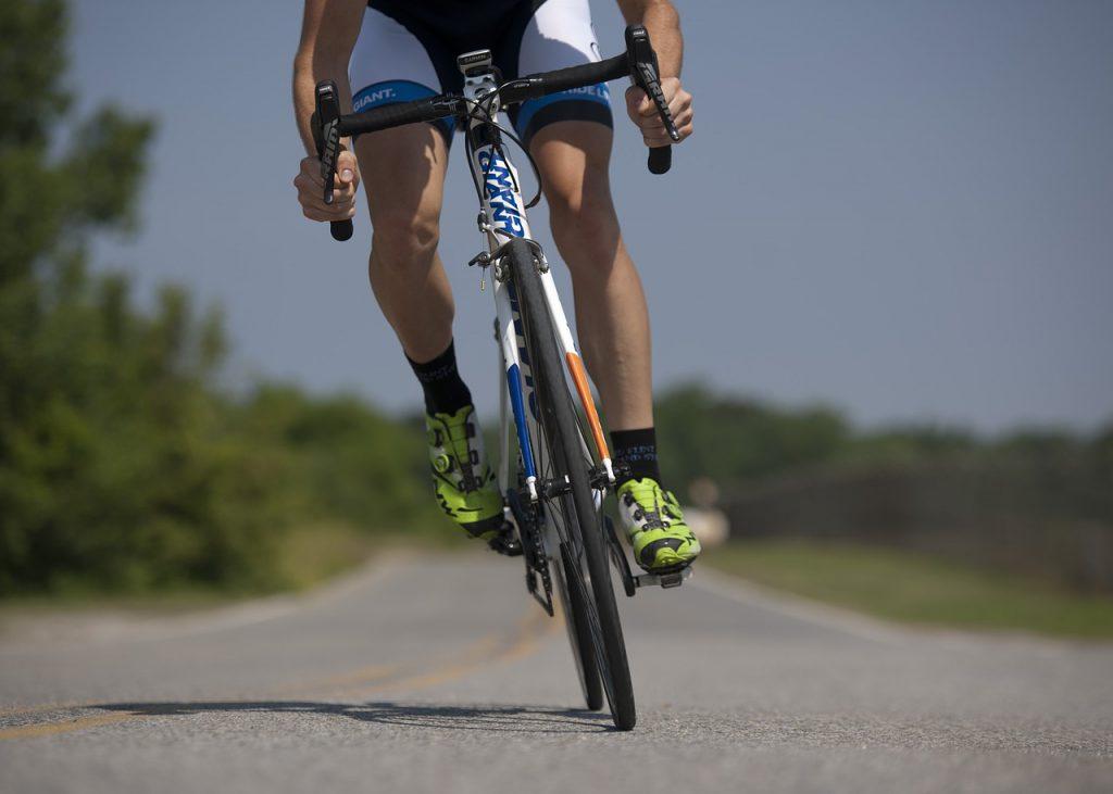 cycling 655565_1280